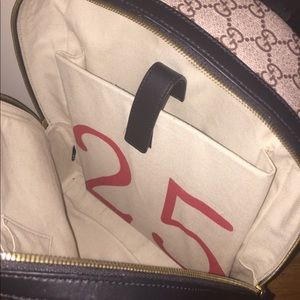 Gucci Bags - Beige GG Supreme XXV Hollywood Wolf Backpack db91541c0a0ac